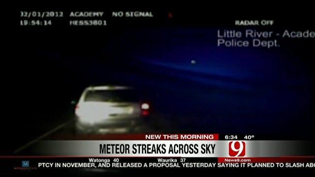 Meteor Streaks Across Oklahoma Sky