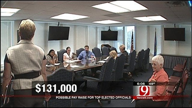 Pay Raises For Top State Officials Not Sitting Well With Some Teachers