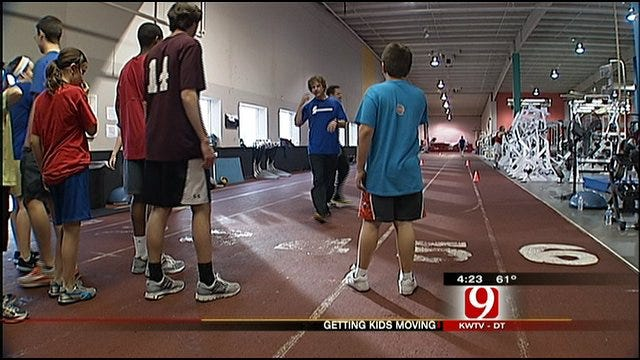 Working Out With Christina And Lauren: Getting Kids Moving