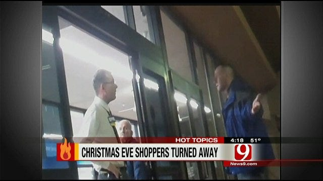 Hot Topics: Angry Christmas Eve Shoppers