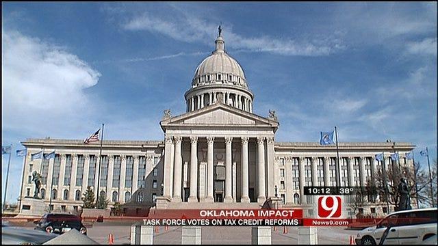 Legislators Recommend Scrapping Tax Credits
