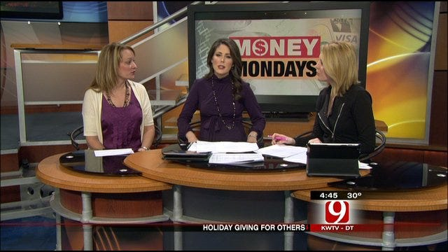 Money Monday: Consider Giving This Holiday
