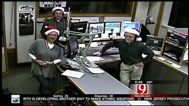 Magic 104 Wednesday: Non-Stop Christmas Music!