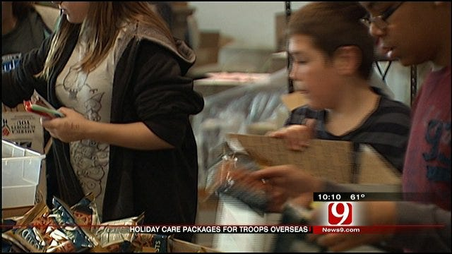 Help OKC Volunteers Send Christmas Gifts To Oklahoma Troops