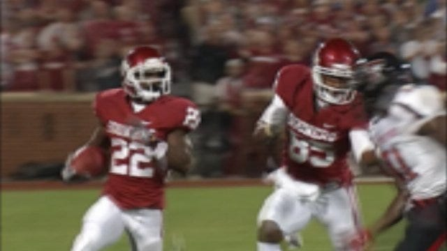 Stoops: Defensive Stats Don't Mean Much In Big 12