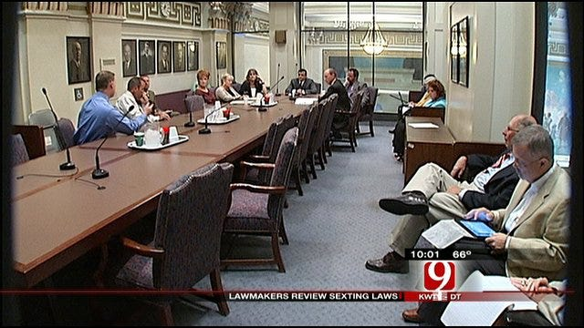 Oklahoma Lawmakers Seek Fair Punishment For 'Sexting' Teens
