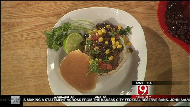 Money Saving Queen Menu Monday: Corn Salsa Burgers