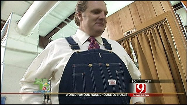Kelly Discovers His Favorite 'Anchoralls' At Road House Manufacturing Company