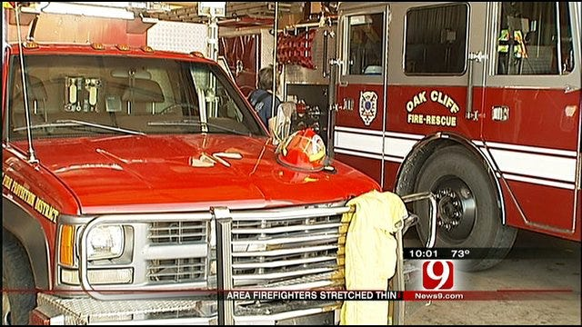 Oklahoma Firefighters Use Break In Weather To Recuperate