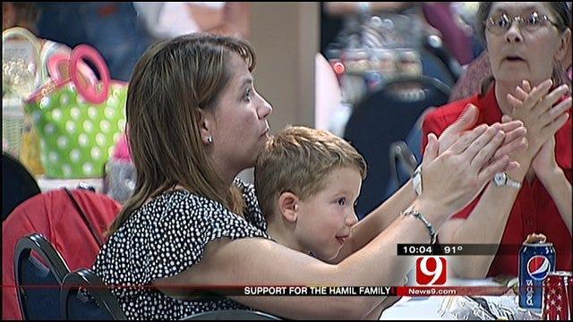 Oklahomans Turn Out For Hamil Fundraiser
