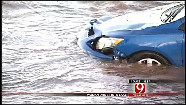 Man Tries To Save Woman Who Drove Into Lake Thunderbird