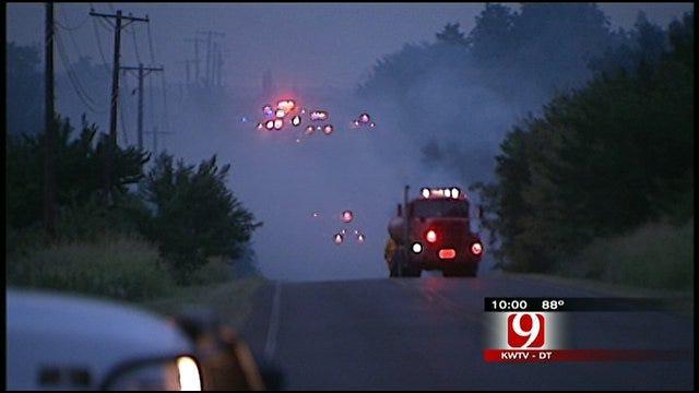 Grassfire Threatens Homes In SE Guthrie