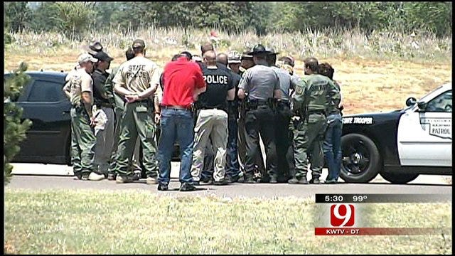 Manhunt Continues Near Blanchard For Jail Escapee