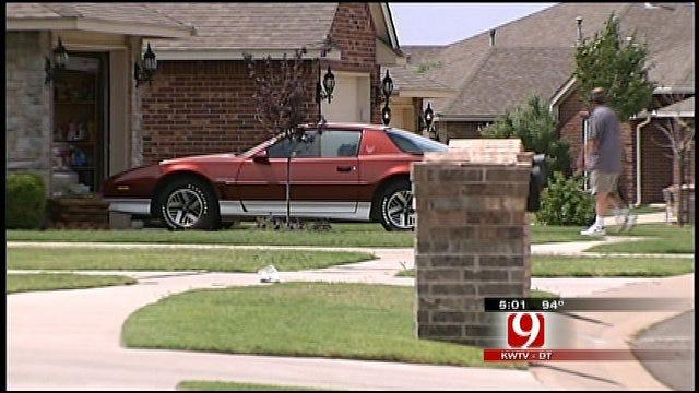 Burglars Target Deer Creek Car Owners