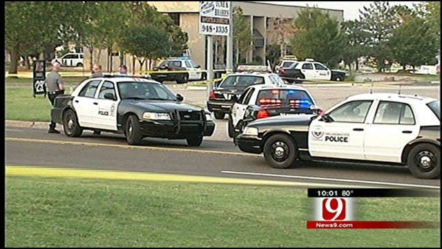 Oklahoma City Officers Hurt After Chase