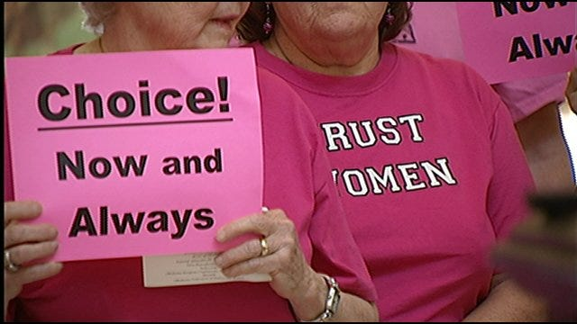 'Pink Wave' Takes Over State Capitol Fighting For Women's Rights