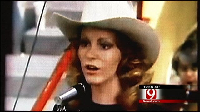 Oklahoma's Own Reba McEntire Celebrates Success, Family, Sooner State Roots