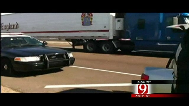 Suspect Leads Bounty Hunters On High-Speed Chase