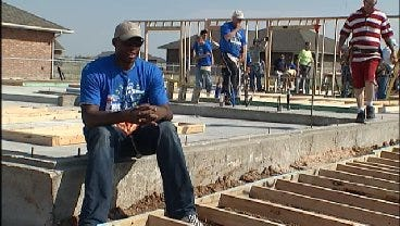 Former NBA Player Star Helps Build Habitat For Humanity Home