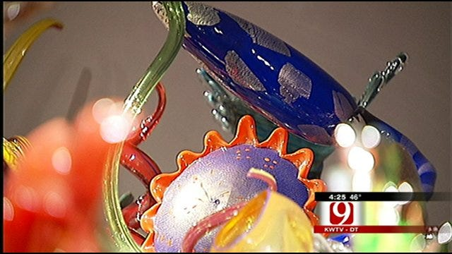 Chihuly Exhibit Temporarily Closing At Oklahoma City Museum Of Art
