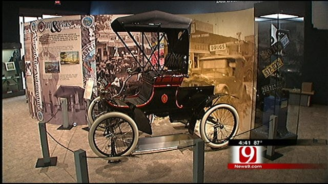 News in the 405: Oklahoma Driven and Chihuly Exhibits