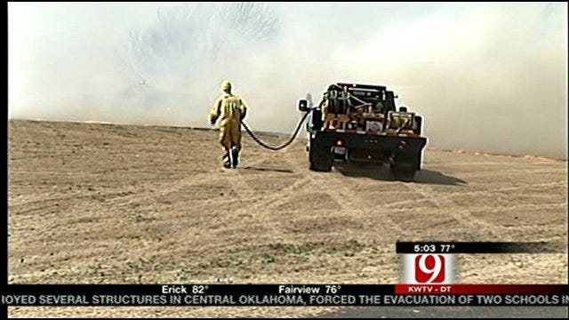 Goldsby Man Refuses To Leave Home As Wildfire Approaches