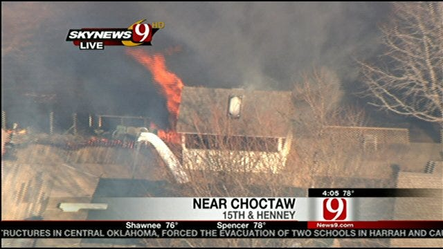Fire Spreads In Choctaw, Burns Homes