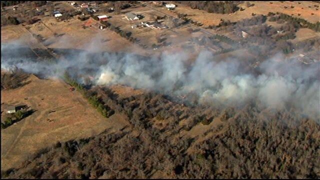 SkyNews 9 HD Over Large Grass Fire Near Choctaw