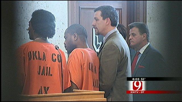 Newspaper's Article Prompts Postponement Of Jury Selection In Murder Case