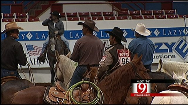 News in the 405: Rodeo Event and Zoo Memberships