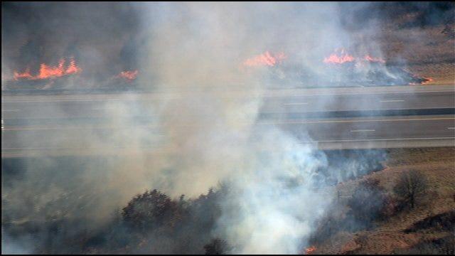 SkyNews 9 HD Flies Over Turner Turnpike Grass Fire