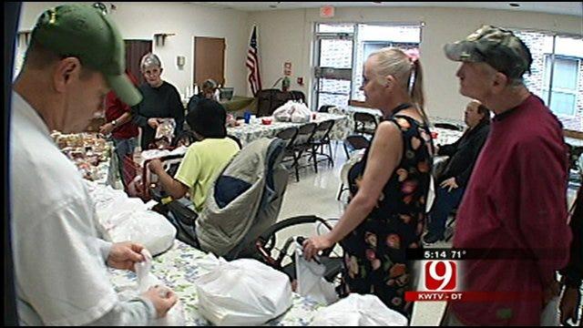 Regional Food Bank Helping 4,000 Oklahoma Seniors With Groceries