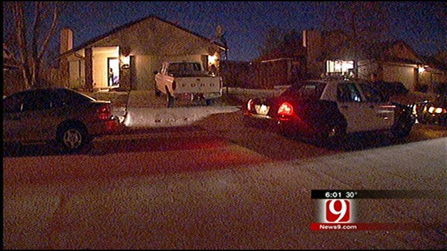 Man Stabbed After Find Suspects In Home