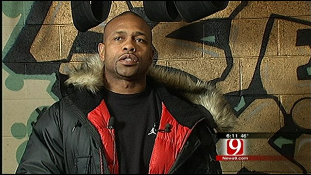 Roy Jones Jr. Meets With Young Oklahoma Boxers