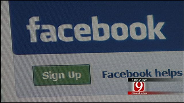 Authorities Using Facebook To Share Emergency Information