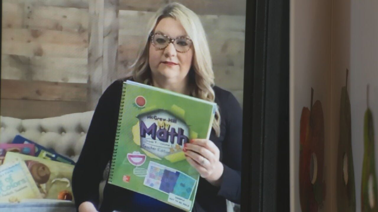 Justus-Tiawah Teacher Hosts Live Storytime Event, Writes Letters to Students
