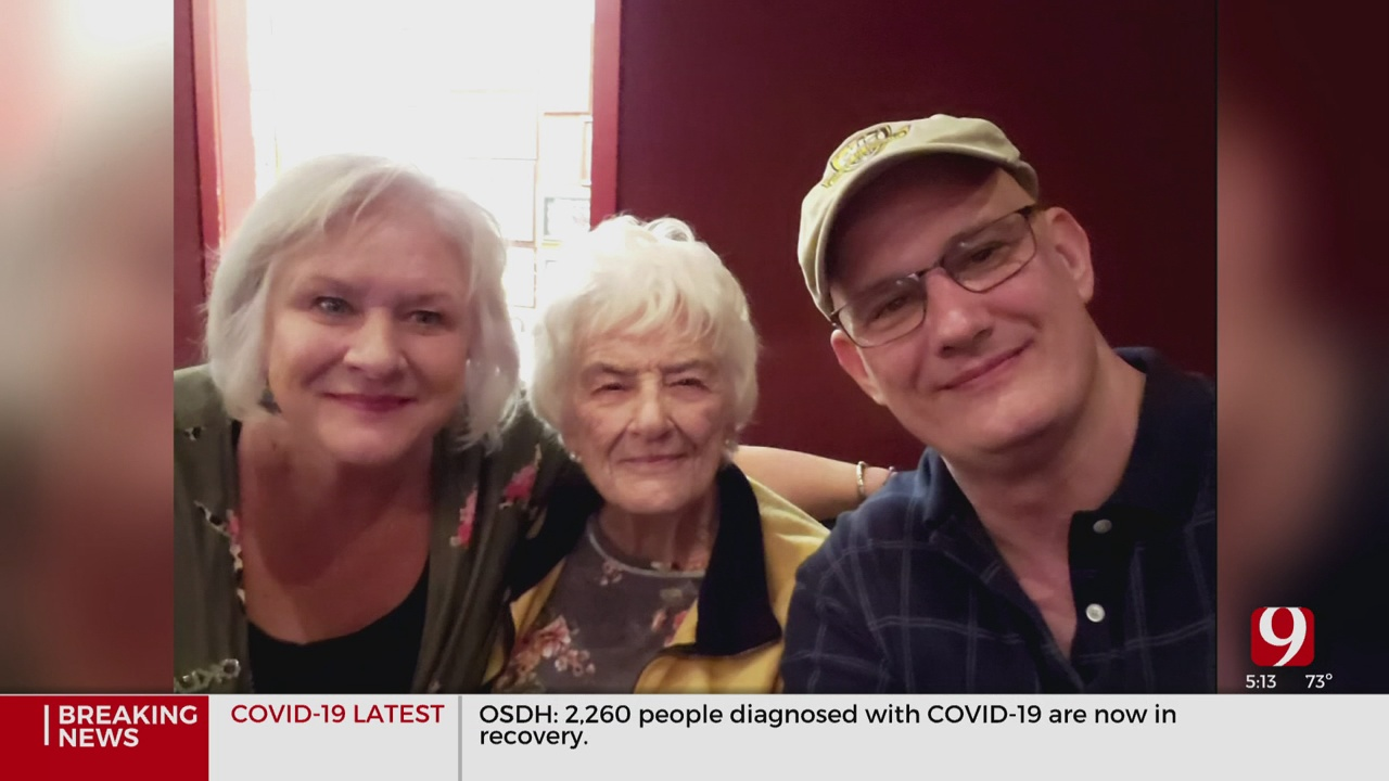 86-Year-Old Beats COVID-19, Greeted by Family At Hospital