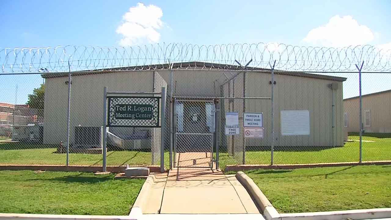 District Attorney Asks For Recusal Of 2 Pardon And Parole Board Members
