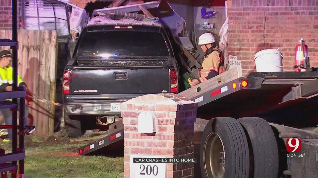 OCPD Investigating Vehicle Crash Into Building