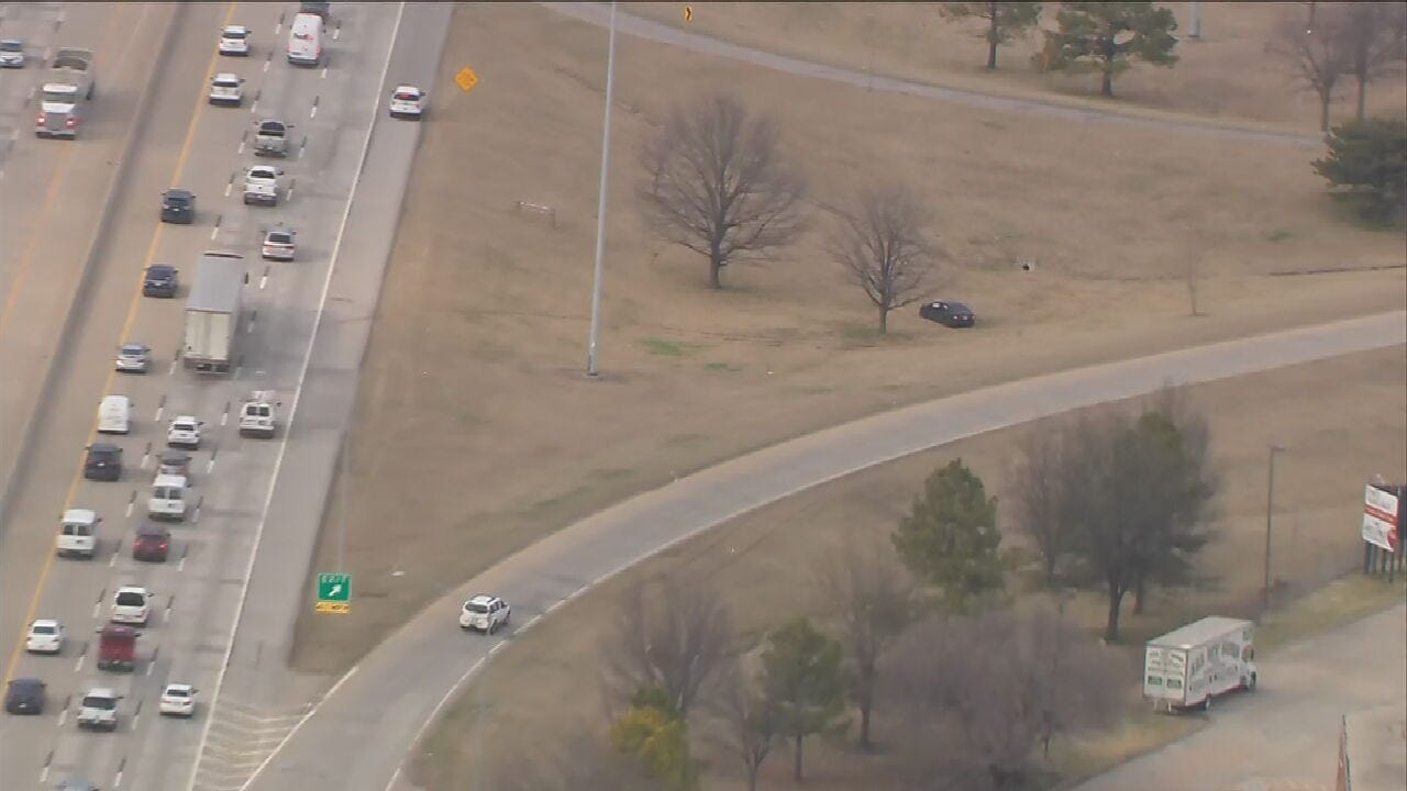 Tulsa Police Respond To Rollover Crash