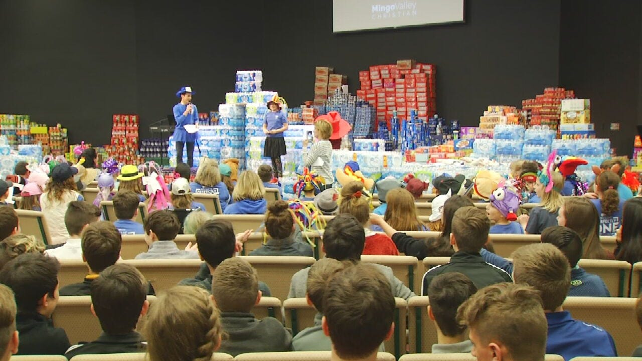 Mingo Valley Christian Students Hosts Annual Food Drive