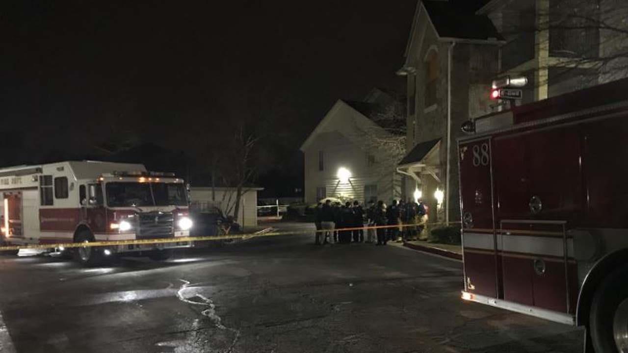 Firefighters: 1 Dead After Carbon Monoxide Poisoning