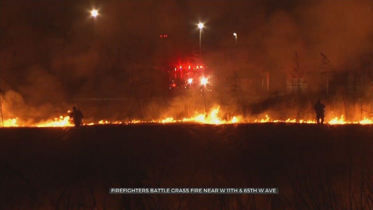 UPDATE: Firefighters Battle Large Grass Fire Near Tulsa Apartment Complex