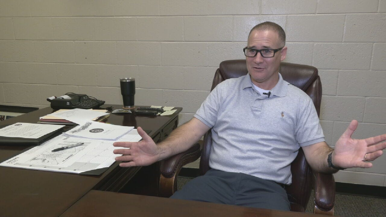 Ft. Gibson's New Police Chief Spends 1st Day Meeting Community, Members
