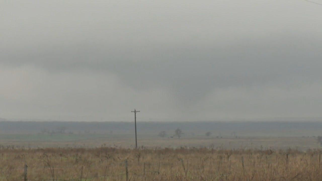 WATCH: Val & Amy Track Tornado Near Throckmorton, Texas
