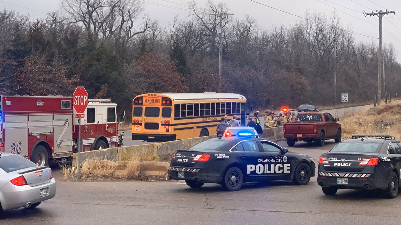 4 Students Injured In Accident Involving School Bus, Concrete Truck In SE OKC