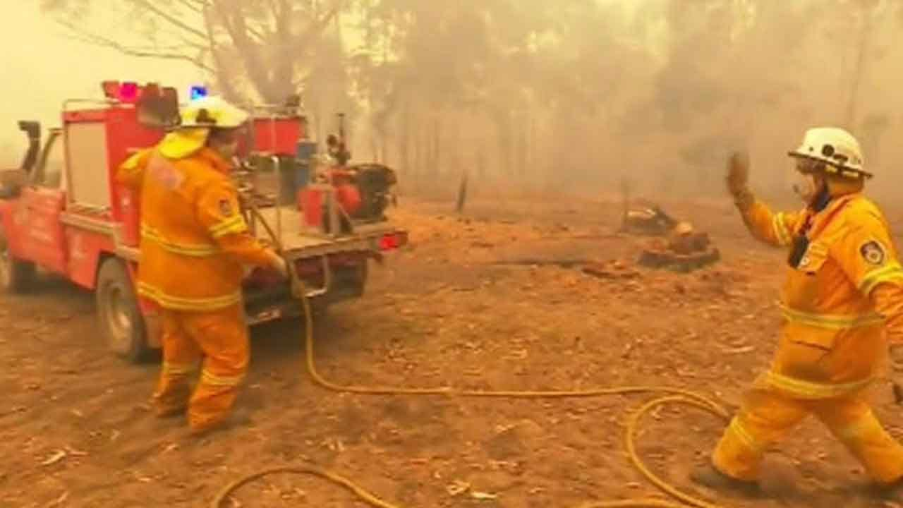 Deadly Australian Wildfires Destroys Hundreds Of Homes