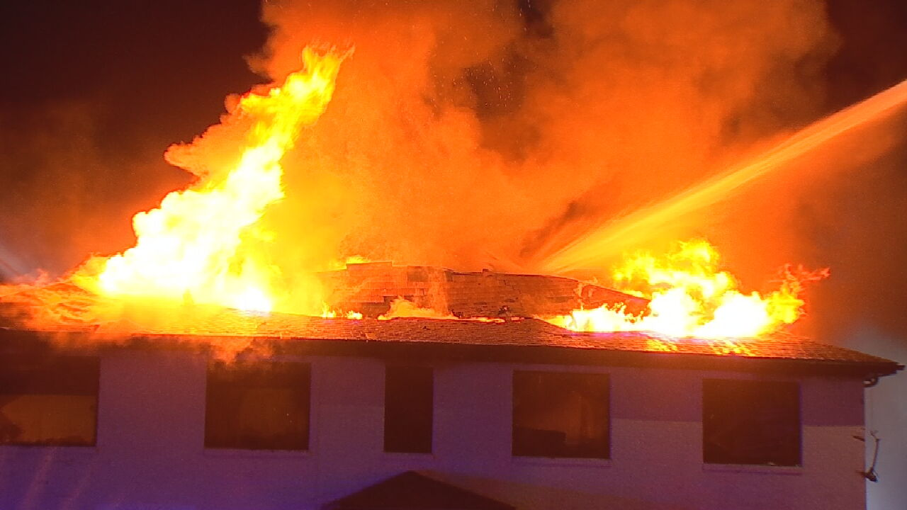 OKC Firefighters Respond Large Fire Overnight