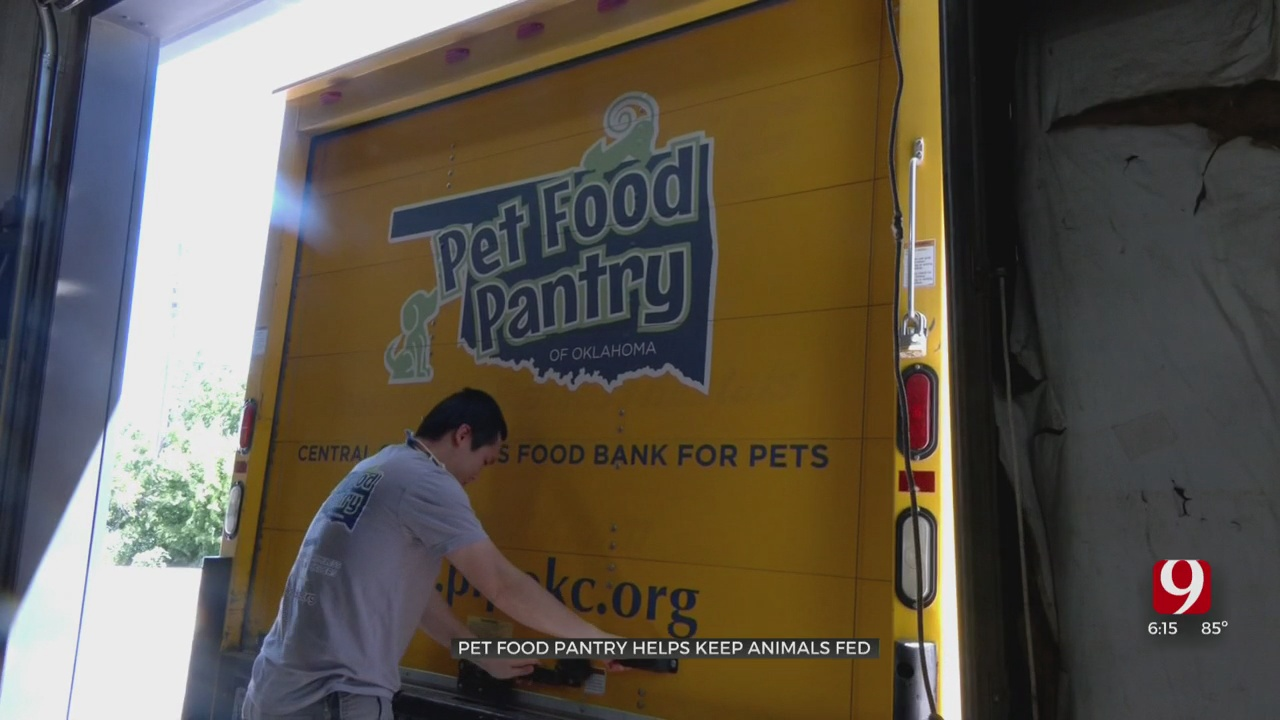 Local Pet Food Pantry Expands Services During Pandemic