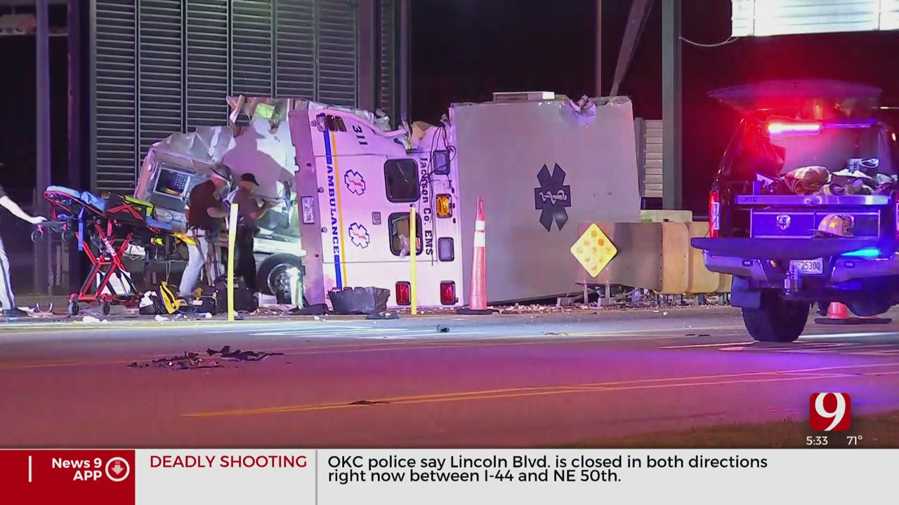 Ambulance Crashes Into Toll Booth In Grady County